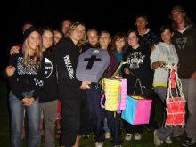 2009 Pohřeb E. Holuba poslední táborový večer s tradičním lampionovým průvodem